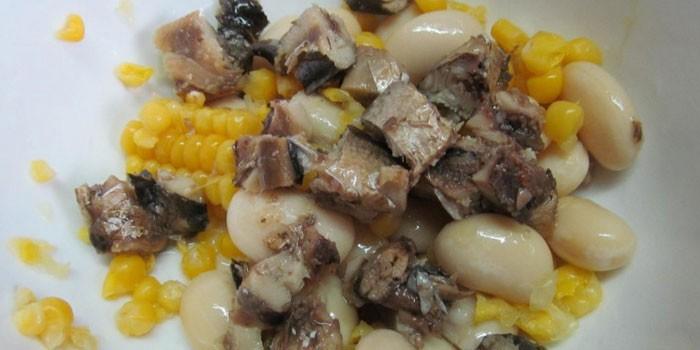 С белой фасолью и кукурузой
