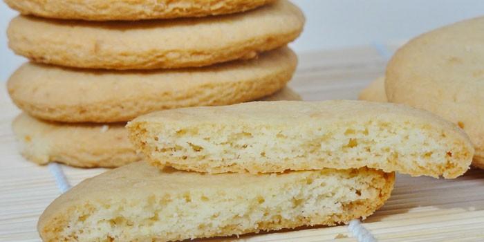 Нежное домашнее печенье из песочного теста