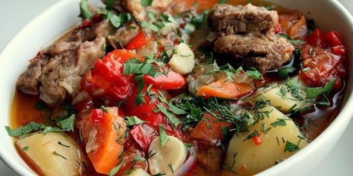 Готовая хашлама из говядины с картофелем