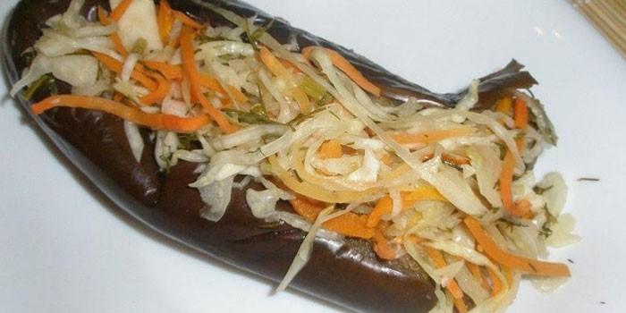 С капустой и морковью