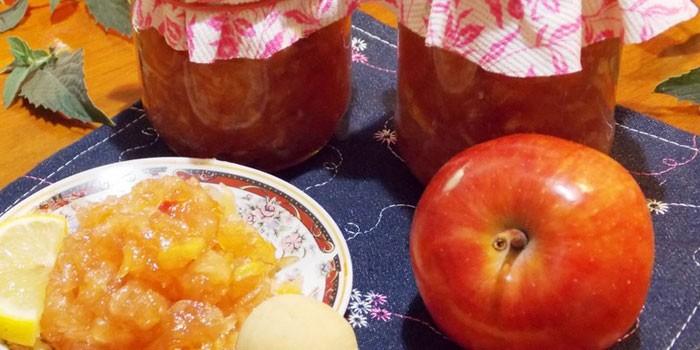 Яблочно-лимонное варенье, яблоко и банки