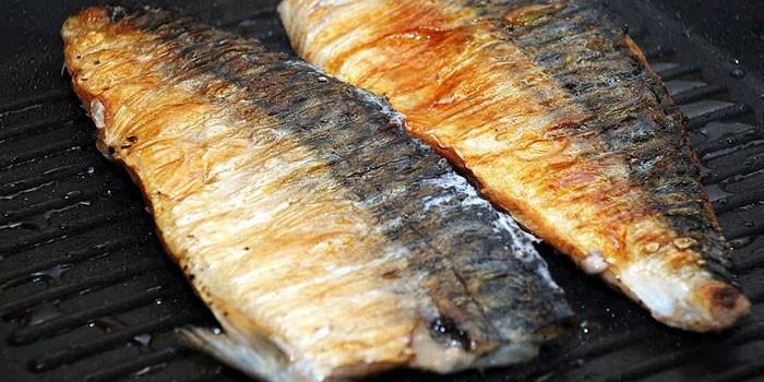 Жареная на гриле рыба