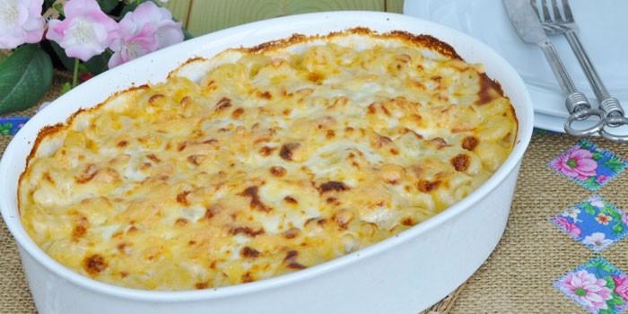 С сыром и макаронами