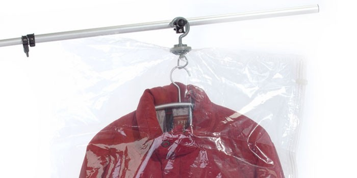 Куртка в вакуумном пакете с вешалкой Bradex TD 0358