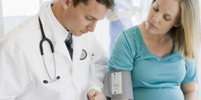 Маловодие при беременности - причины и опасные последствия для женщины и ребенка