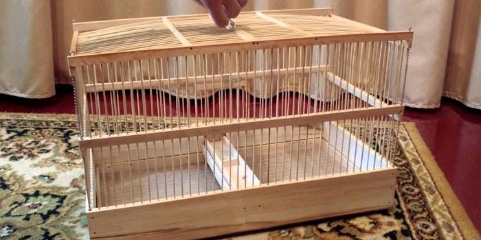 Самодельная деревянная клетка для хомяка
