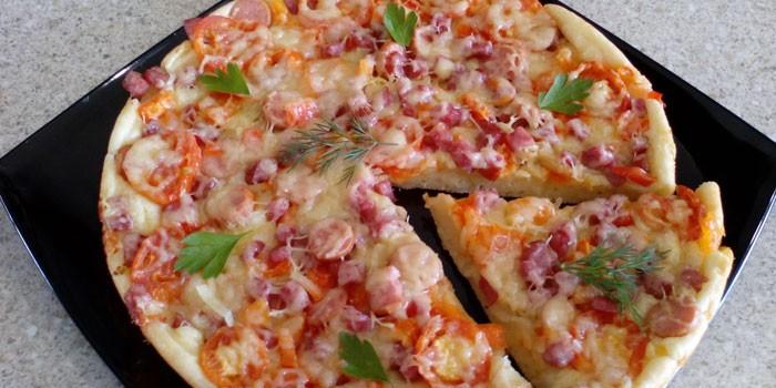 Домашняя пицца из кефирного теста