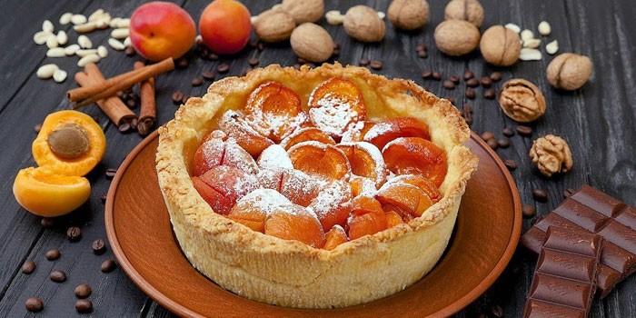 Песочный тарт с абрикосами
