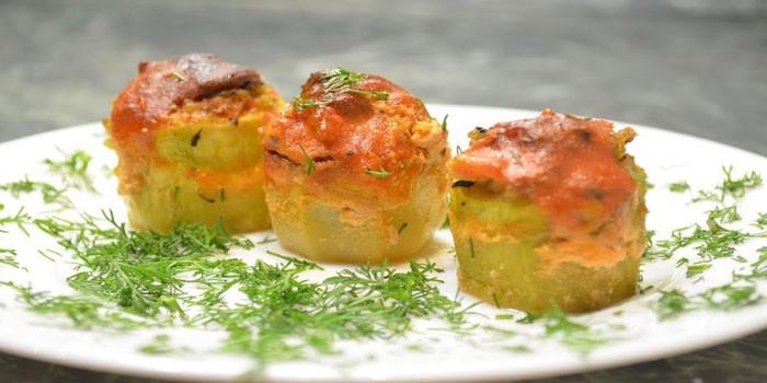 Кабачки фаршированные грибами и сыром