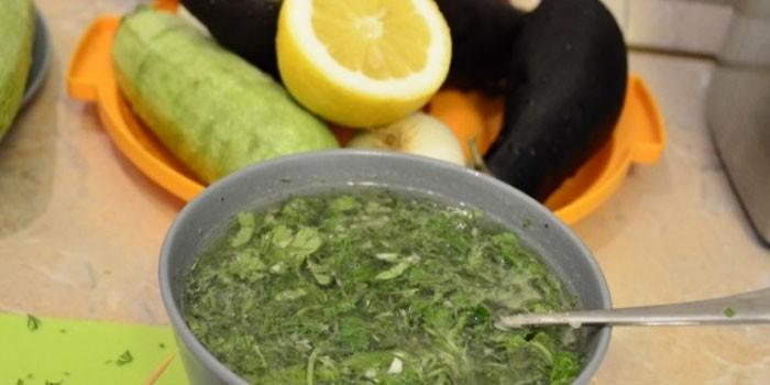 С лимонным соком и зеленью