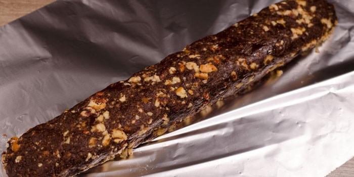 Кондитерская колбаска с фундуком