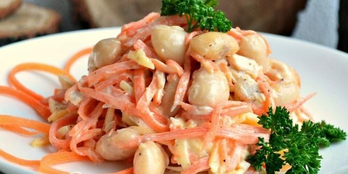 С морковью-по корейски и грибами