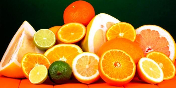 Лимоны, лаймы, апельсины и грейпфруты